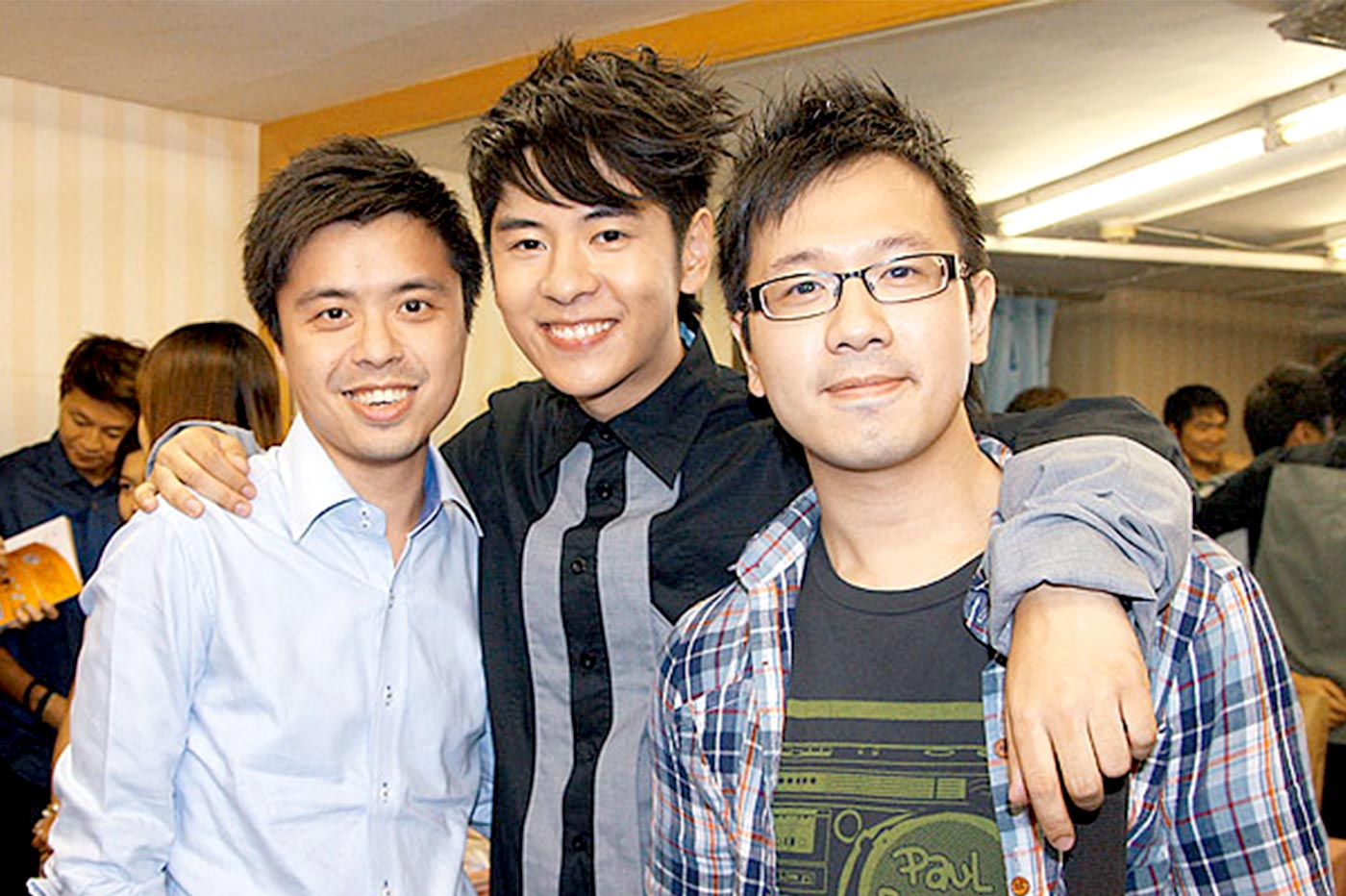 <em>Running away</em>, an Alfred Hui <em>(centre)</em> song to which Kit Wong contributed the lyrics, once topped the pop charts of Commercial Radio FM 903