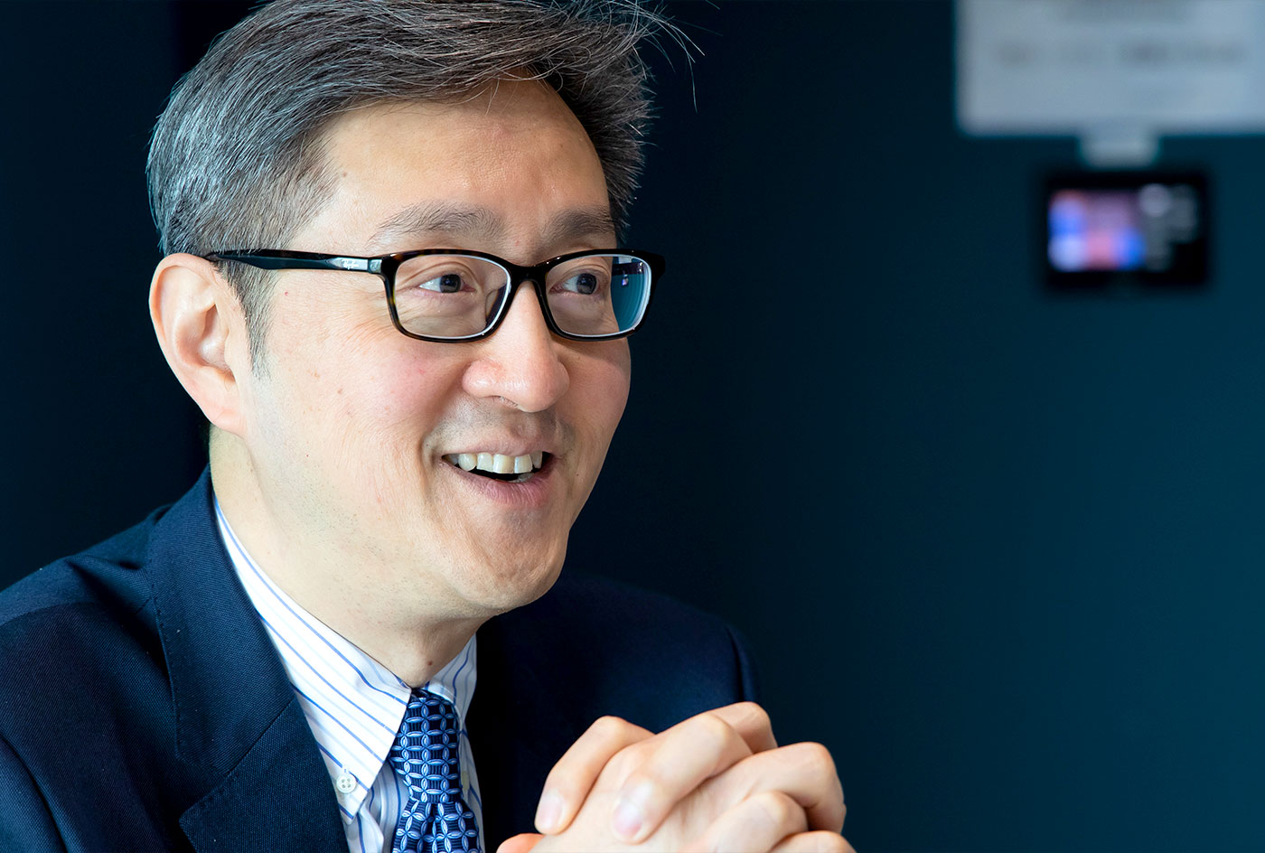 Peter Yan: 'Hong Kong owes its success to those who are prepared to rise to the challenges of the times.'