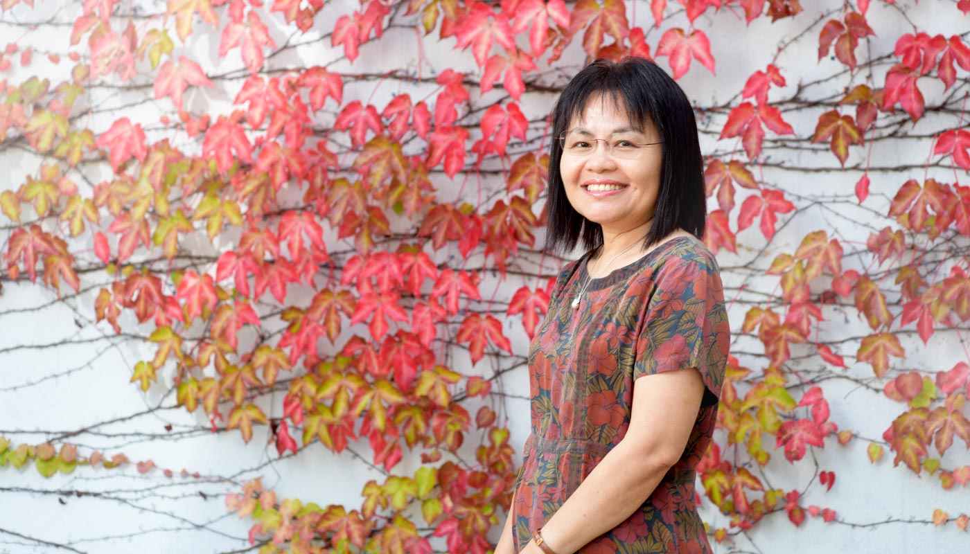 To Prof. Virginia Yip, the bilingual child is an endless source of wonders and insights for the adults <em>(Photo by ISO staff)</em>