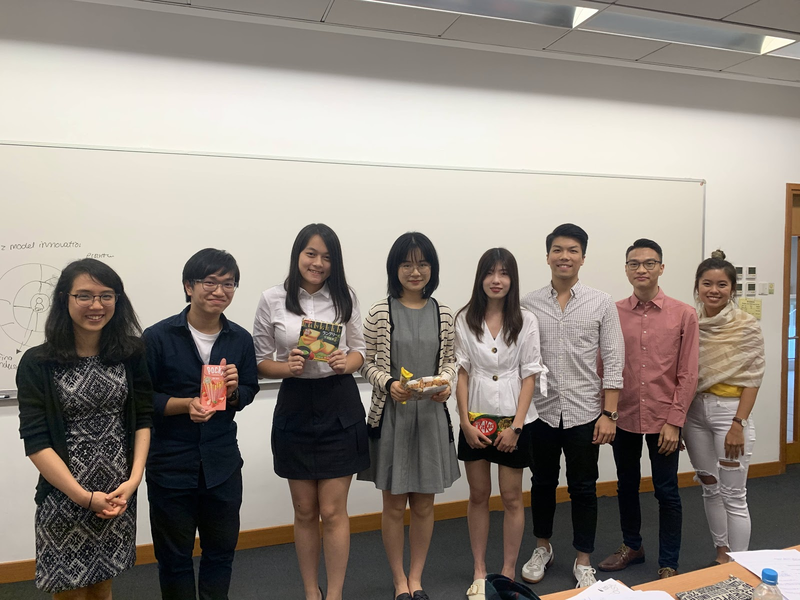 Batch 11 students get a taste of case competition and consulting
