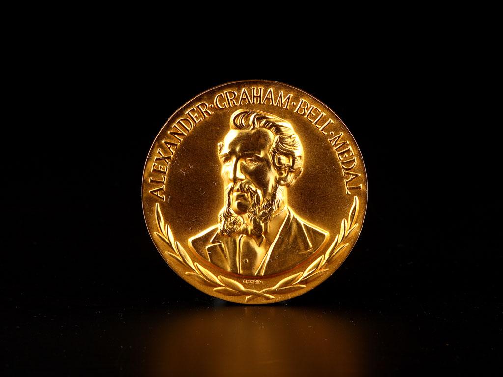 Professor Charles K. Kao's Alexander Graham Bell Medal (1985)