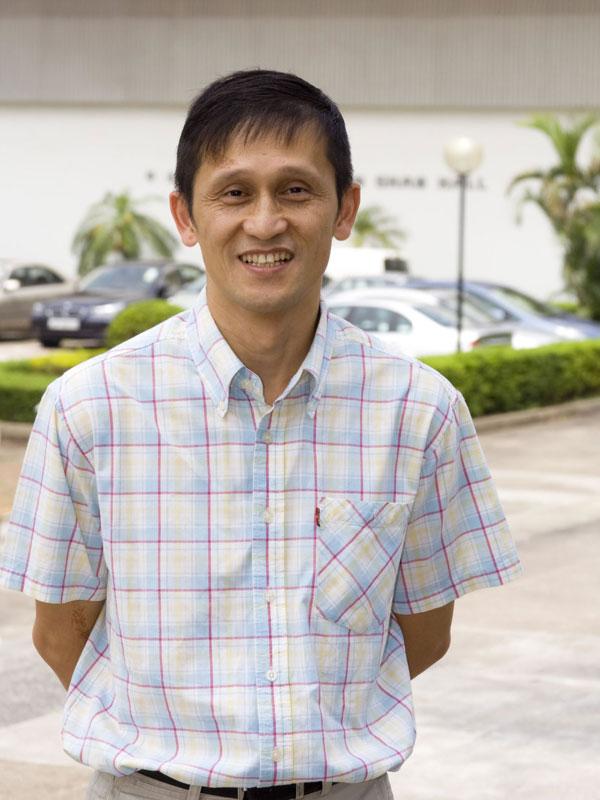 Professor Jiang Liwen