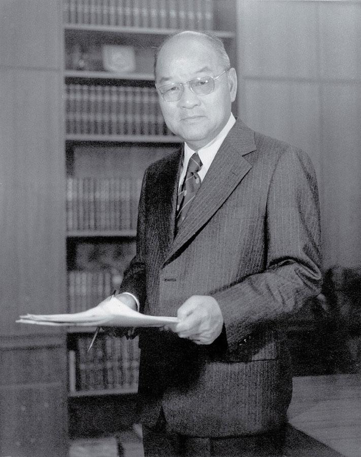 Dr Choh-ming Li